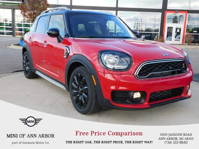 New 2019 MINI Cooper S Countryman Base Signature