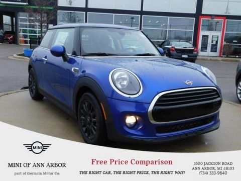 New 2019 MINI Hardtop 2 Door Base Signature
