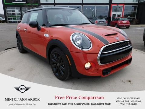 Pre-Owned 2019 MINI Hardtop 2 Door Base