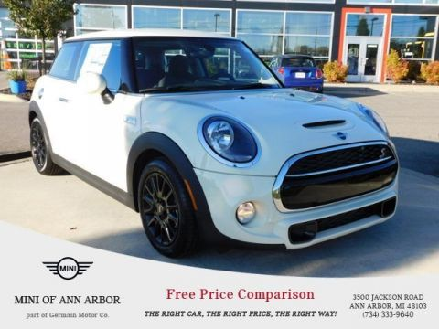 Pre-Owned 2019 MINI Hardtop 2 Door Base Classic