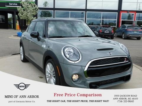 New 2019 MINI Hardtop 4 Door Base