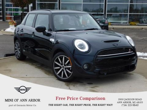 2020 MINI Cooper S Hardtop 4 Door Iconic
