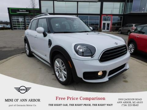 New 2019 MINI Cooper Countryman Base Signature